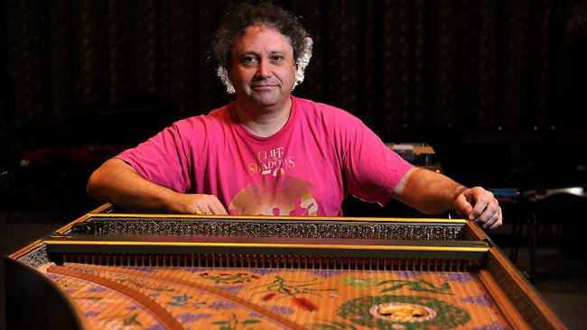 Richard Egarr at the Ruckers Double Harpsichord built by Carey Beebe in 2003 68K jpeg