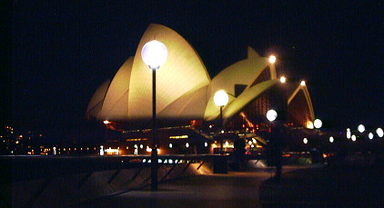 Sydney Opera House at night 37K jpeg